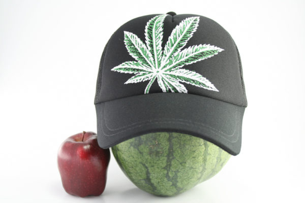 Cap Black Color Big Cannabis Leaf