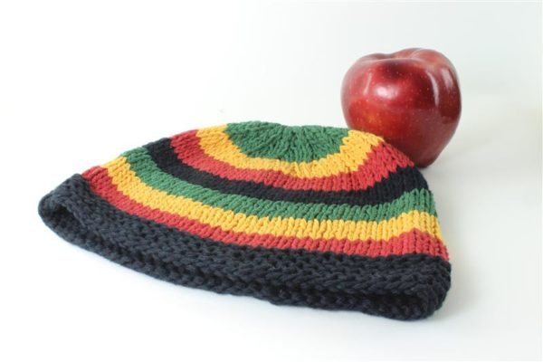 Beanie Short Large Stripes Green Yellow Red Black