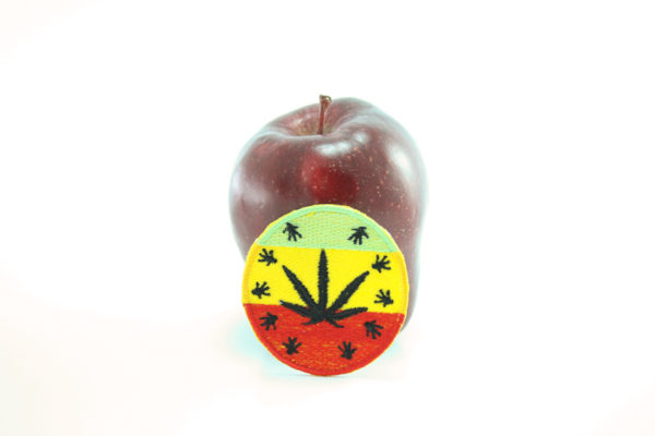 Patch Circle Black Ganja Leaf